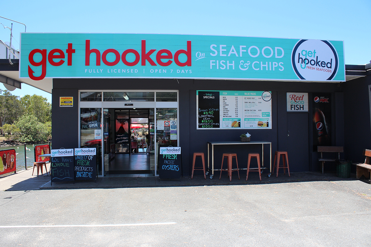 get hooked shop front 329x219